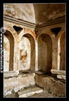 Troina: Chiesa del Santissimo Sacramento: Interno: Cripta cimiteriale: Particolare di     Pittura in stile arabo.   - Troina (4151 clic)