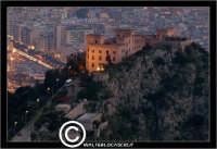 Palermo. Castello Utveggio, visto dal Monte Pellegrino.  - Palermo (5471 clic)
