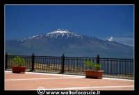 Troina: La terrazza del Belvedere con vista sull'Etna.   - Troina (4147 clic)