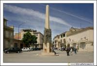 Delia: La piazza antistante la Chiesa di Santa  Maria di Loreto.  - Delia (4850 clic)