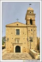 Delia: Chiesa e Convento del Carmine. Costruita nel 1602 dal Barone G. Lucchese Fondatore di Delia. Gli stucchi sono della scuola del Serpotta. #2  - Delia (5881 clic)