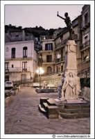 Gagliano Castelferrato: Piazzetta ai Caduti in guerra #2.  - Gagliano castelferrato (4540 clic)