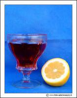 Agira: Sill-life. Biccheire di vino e limone  - Agira (5172 clic)