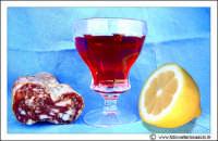 Agira: Sill-life. Biccheire di vino Salme e limone.  - Agira (4955 clic)
