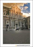 Catania: Piazza Duomo. Techne  - Catania (2145 clic)