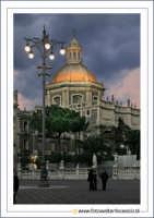 Catania: Cupola Badia di Sant'Agata Secolo XVIII Architetto: G.B. Vaccarini.Foto Walter Lo Cascio www.walterlocascio.it  Walter Lo Cascio  - Catania (16166 clic)