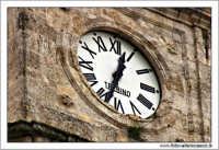 Caltanissetta. Cattedrale SantaMaria La Nova, Particolare dell'orologio  - Caltanissetta (2327 clic)