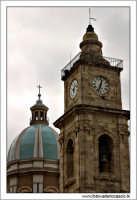 Caltanissetta. Cattedrale SantaMaria La Nova, Particolare della cupola e del campanile.  - Caltanissetta (2810 clic)