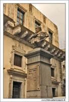 Caltanissetta. Palazzo moncada. Particolare 4  - Caltanissetta (2783 clic)