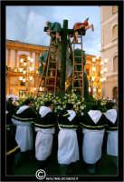 Caltanissetta. Settimana Santa a Caltanissetta. Anno 2006. Giovedi' Santo a Caltanissetta.  Processioni, gruppi sacri, maestranza, giovedi santo, Biangardi, vare, vara, Pasqua, Caltanissetta.   - Caltanissetta (2590 clic)