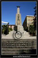 San Cataldo. Monumento ai caduti #1. Foto di Walter Lo Cascio www.walterlocascio.it  - San cataldo (4733 clic)