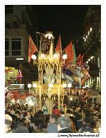 Catania: Festa di Sant'Agata. 5 Febbraio 2005: Festa della Patrona di Catania, Sant'Agata. Le Candelore in Via Etnea.  - Catania (2333 clic)