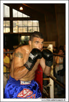 Agira, Giugno 2005. Incontro di Kick Boxing. Un atleta si prepara al combattimento. #4  - Agira (2667 clic)