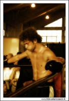 Agira, Giugno 2005. Incontro di Kick Boxing. Un atleta si prepara al combattimento. #5  - Agira (1657 clic)