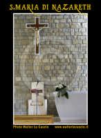 San Cataldo (CL).  COMPLESSO PARROCCHIALE S.MARIA DI NAZARETH. Interno, navata principale. Altare. Photo Walter Lo Cascio www.walterlocascio.it  - San cataldo (4713 clic)