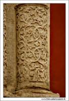 Caltanissetta. Chiesa Sant'Agata al Colelgio. Particolare delle colonne.  - Caltanissetta (2685 clic)