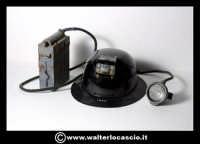 Caltanissetta: Reportage Fotografico sulle miniere. Oggetti da minatore. Elmetto con lanterna. Collezione privata Sig. Mario Zurli.  - Caltanissetta (4453 clic)
