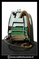 Caltanissetta: Reportage Fotografico sulle miniere. Oggetti da minatore. Respiratore a zaino. Collezione privata Sig. Mario Zurli.  - Caltanissetta (3430 clic)