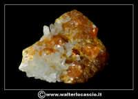 Caltanissetta: Reportage Fotografico sulle miniere. Minerali estratti dalle miniere siciliane. Collezione privata Sig. Gerlando Bennardo.  - Caltanissetta (2160 clic)