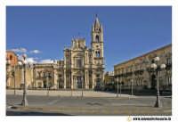 Acireale: Piazza Duomo. Basilica dei Santi Pietro e Paolo (Barocco sec. XVII - XVIII.  - Acireale (2536 clic)