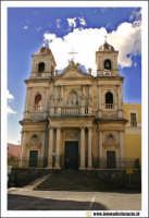 Acireale: Chiesa di San Domenico. (neoclassico sec. XVI- XVIII)   - Acireale (12660 clic)