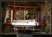 Sperlinga. Il telaio per tessere i tappeti artigianali.   - Sperlinga (7802 clic)