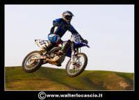 San Cataldo Nuovo crossodromo, sito in Contrada Mimiani vicino alla Stazione Ferroviaria. Motocross, motociclette, acrobazie in motocicletta, moto cross. Domanica 16 Marzo 2008.  - San cataldo (1600 clic)