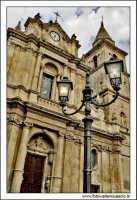 Agira, Agosto 2005. Festa del Patrono di Agira, San Filippo. Particolare della Chiesa di S. Antonio in piazza garibaldi.  - Agira (2447 clic)