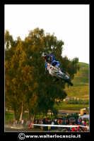 San Cataldo Nuovo crossodromo, sito in Contrada Mimiani vicino alla Stazione Ferroviaria. Motocross, motociclette, acrobazie in motocicletta, moto cross. Domanica 16 Marzo 2008. Foto Walter Lo Casciio www.walterlocascio.it  - San cataldo (1600 clic)