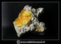 Caltanissetta: Reportage Fotografico sulle miniere. Minerali estratti dalle miniere siciliane. Collezione privata Sig. Gerlando Bennardo.  - Caltanissetta (2789 clic)