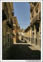 Agira, Agosto 2005. Via Diodorea lato valle.  - Agira (1923 clic)