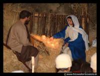 Agira: Natale 2002.IL PRESEPE VIVENTE. La grotta.  - Agira (3403 clic)