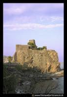 Acicastello: La rocca col Castello Normanno.  - Aci castello (1895 clic)