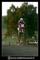 San Cataldo Nuovo crossodromo, sito in Contrada Mimiani vicino alla Stazione Ferroviaria. Motocross, motociclette, acrobazie in motocicletta, moto cross. Domanica 16 Marzo 2008.  - San cataldo (1434 clic)