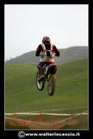 San Cataldo Nuovo crossodromo, sito in Contrada Mimiani vicino alla Stazione Ferroviaria. Motocross, motociclette, acrobazie in motocicletta, moto cross. Domanica 16 Marzo 2008.  - San cataldo (1938 clic)