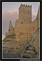 Enna: Castello di Lombardia nel Viale Nino Savarese (scrittore ennese).  - Enna (6767 clic)