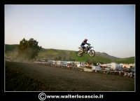 San Cataldo Nuovo crossodromo, sito in Contrada Mimiani vicino alla Stazione Ferroviaria. Motocross, motociclette, acrobazie in motocicletta, moto cross. Domanica 16 Marzo 2008.  - San cataldo (3948 clic)