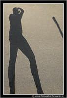 Caltanissetta: Le lunghe gambe del fotografo. CALTANISSETTA Walter Lo Cascio