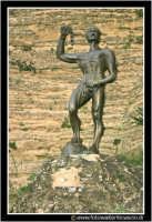 Enna: Statua di EUNO.  - Enna (3235 clic)