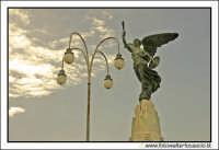 Agira: Monumento ai caduti in guerra.  - Agira (3325 clic)
