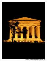Agrigento Tempio della Concordia by night.  - Agrigento (5063 clic)