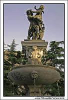 Enna: Fontana al Belvedere.  - Enna (5145 clic)
