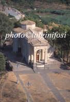 veduta aerea della chiesa del Santissimo Crocifisso  - Militello in val di catania (4645 clic)