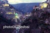 ragusa ibla  - Ragusa (2306 clic)