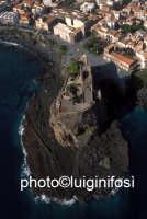 veduta aerea di acicastello  - Aci castello (3543 clic)