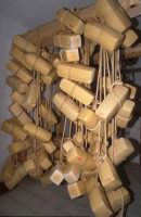 forme di formaggio ragusano in stagionatura   - Ragusa (5291 clic)