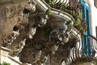 balcone di palazzo tomasi rosso MODICA Luigi Nifosì