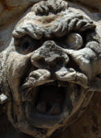 mensola di forma tigroide di palazzo beneventano  - Scicli (4772 clic)