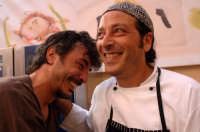 teo musso e carmelo chiaramonte in occasione di cheeseart 2006  - Ragusa (6813 clic)