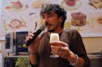 teo musso presenta le sue birre in occasione di cheeseart 2006  - Ragusa (4063 clic)